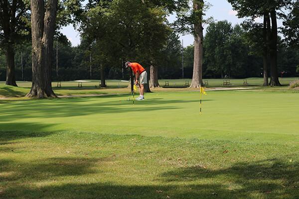 oef_golfouting